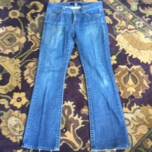 Calvin Klein Low Rise Flare 👖Blue JEANS 👖Size 6